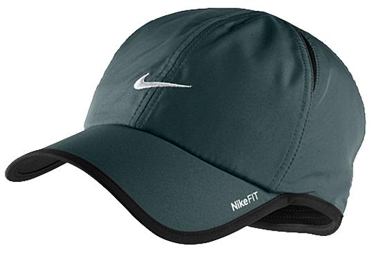 Czapka Nike Feather Light Cap 410 | UBRANIA  Nakrycia głowy